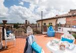 Location vacances Lucca - Rise and Smile Charming Penthouse-3