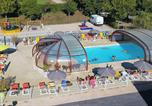 Camping avec Site nature Montpeyroux - Camping Les Calquieres-2