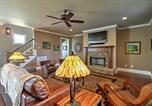 Location vacances Macon - Spacious Home with 2 decks in Reynolds Lake Oconee!-4