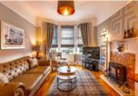 Location vacances Renfrew - Cozy Three Bedroom Villa, Perfect Home from Home-1