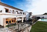Location vacances Alía - Casa Rural Miel y Romero-4