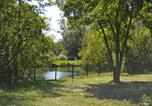 Camping Somme - Camping Parc Des Cygnes