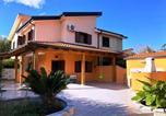 Location vacances  Province de Vibo-Valentia - Villetta Villaggio Porto Ada-1