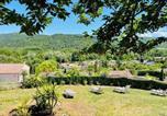Location vacances Puivert - Charmante maison avec jacuzzi-1