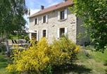 Hôtel Saint-Gervais-d'Auvergne - Aux 2 Puys - Gîte et chambres d'hôtes-2