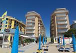 Location vacances Jesolo - Adriatica Immobiliare - Centro Commerciale Apartments-2