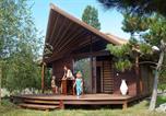 Camping avec Site nature Cordelle - Camping Les Portes Du Beaujolais-1
