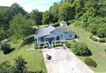 Location vacances Clarksville - Best Deal in Nashville Hillbilly House Yeehaw-1