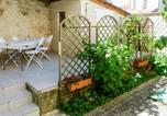 Location vacances Tonneins - Nice home in Laparade w/ Wifi and 5 Bedrooms-3