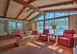 Location vacances Shelburne - 4-Season House with View, Walk to Mad River Glen!-2