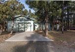 Location vacances Alto - Alto Chalet, 3 Bedrooms, Sleeps 6, Hot Tub, Media Room, Jetted Tub-2