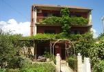 Location vacances Stari Grad - Apartments Srhoj-1