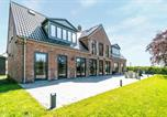Location vacances Snogebæk - Beautiful home in Nexø w/ Wifi and 8 Bedrooms-1