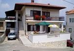 Location vacances Vrbnik - Apartments and rooms Luka-1