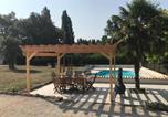 Location vacances Lachaise - Le Petit Sorin-4