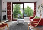 Location vacances Nieuwvliet - Three-Bedroom Holiday Home in Nieuwvliet-Bad-2