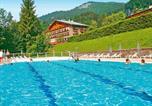 Camping en Bord de lac Haute Savoie - Les Chalets de Prariand-1