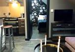 Location vacances Dunkeld - Boutique Loft Apartment-1