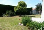 Location vacances L'Aiguillon-sur-Vie - House Proximité centre-ville, en impasse, maison de pays avec grand jardin clos / 5 personnes 2-1