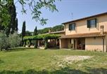 Location vacances Montebuono - Magliano Sabina Villa Sleeps 8 Pool Wifi T218388-1