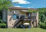 Location vacances Vindrac-Alayrac - Holiday Home Le Riols Bas with a Fireplace 06-1