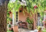 Location vacances Porri - Studio in Sorbo Ocagnano with shared pool and furnished terrace 4 km from the beach-3