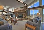 Location vacances Manchester Center - Ski-In and Ski-Out Condo with Panoramic Mtn Views!-1