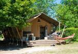 Location vacances  Vienne - Glamping Loire Valley-1