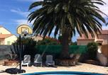 Location vacances Claira - Large Holiday Home Torreilles with 15 metre Pool-3