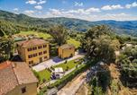 Location vacances  Province de Pistoia - Massa e Cozzile Villa Sleeps 12 Pool Wifi-3