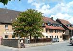 Location vacances Herzogenaurach - Gasthof Landhotel Grüner Baum-1
