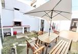 Location vacances Malgrat de Mar - Casa con terraza y barbacoa cerca del mar-1