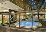 Location vacances Berlin - Adina Apartment Hotel Berlin Hackescher Markt-3