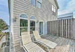 Location vacances Havelock - Waterfront Emerald Isle Home with Dock Access!-2