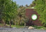 Camping Villeneuve-de-Berg - Roulottes et Cabanes de Saint Cerice-3