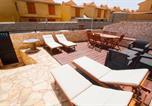 Location vacances El Médano - 3 bedroom 3 bathroom with terrace 30m from the sea-1