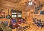 Location vacances Bridgeport - Pet-Friendly Semper Fi Cabin with Fire Pit!-1