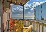 Location vacances North Topsail Beach - Beach Retreat w/ Ocean View - Steps to Shore!-2