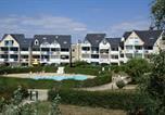 Appartement 3 pièces (réf 104) avec vue sur le port du Crouesty et sur la piscine