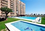 Hôtel Mijas - Hotel Apartamentos Pyr Fuengirola-1
