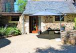 Location vacances  Aveyron - Les Deux Lièvres-1