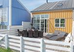 Location vacances  Danemark - Three-Bedroom Holiday home Ebeltoft with a Fireplace 05-1