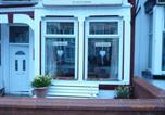 Hôtel Blackpool - Llanryan Guest House-1