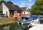 Camping avec Ambiance club Yonne - Camping Le Saucil-1