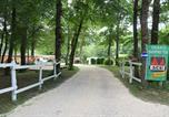 Camping avec Site nature Thiviers - Le Bois du Coderc (Ouvert à l'année)-2