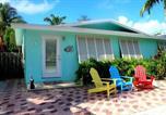 Location vacances Marathon - Tropical Oasis in Key Colony 3 bedrooms 2 Baths w/Cabana Club access-3