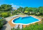 Location vacances Maó - Sant Climent Villa Sleeps 8 Pool Air Con Wifi-1