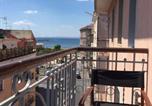 Location vacances  Ville métropolitaine de Naples - Central Tour & Kitesurf House-2