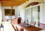 Location vacances Es Castell - House with 4 bedrooms in Mao with Wifi 5 km from the beach-1