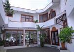 Hôtel Bentota - Riverside Inn Fuji-1